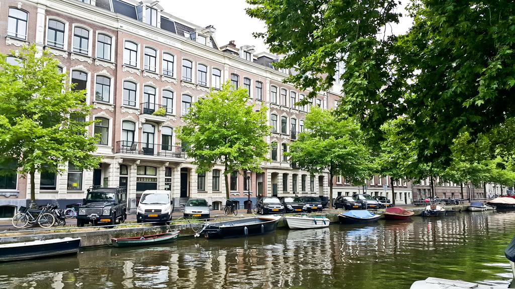 Amsterdam68.11222