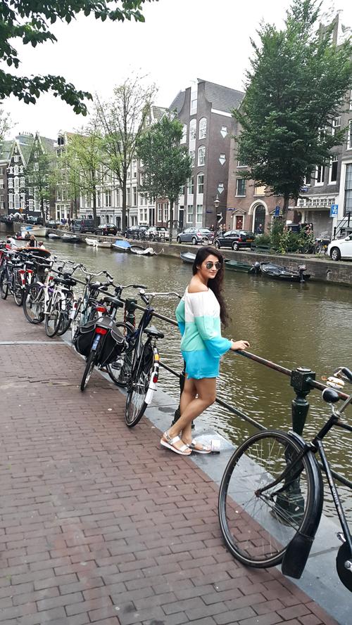 Amsterdam68.167