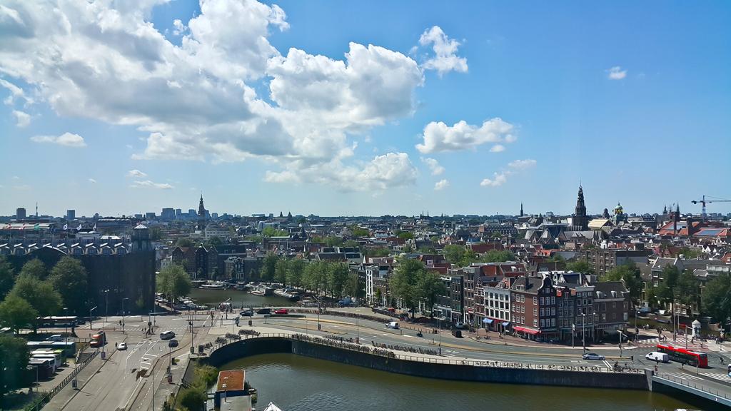 Amsterdam68.385