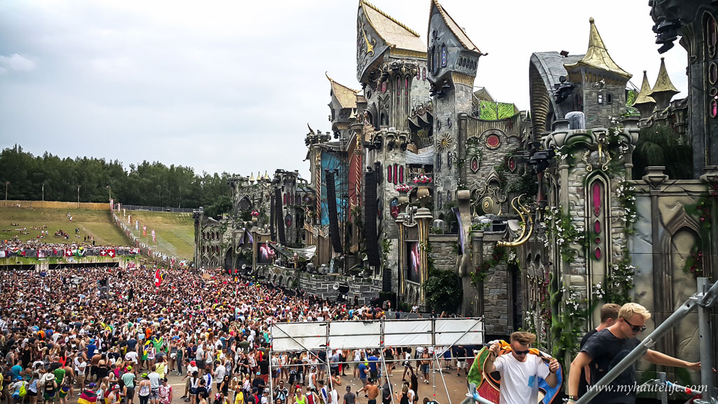 Tomorrowland-16