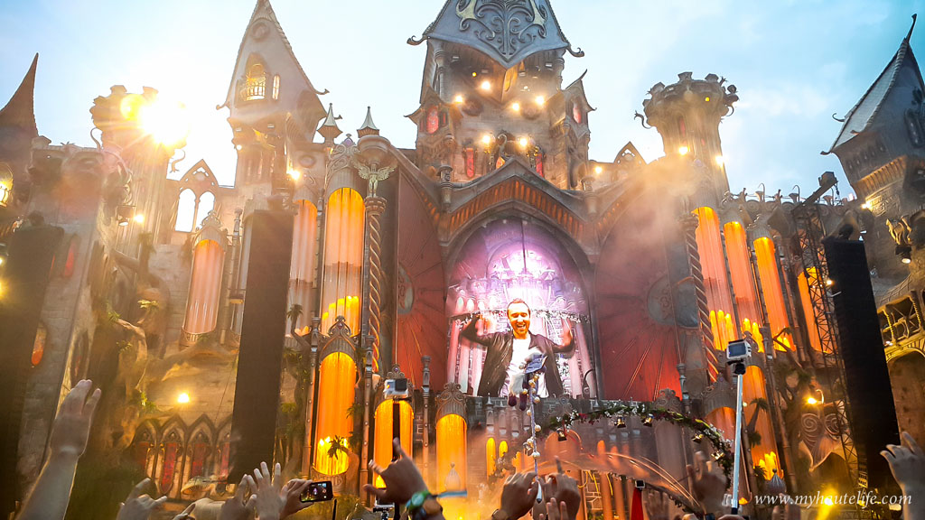 Tomorrowland-36