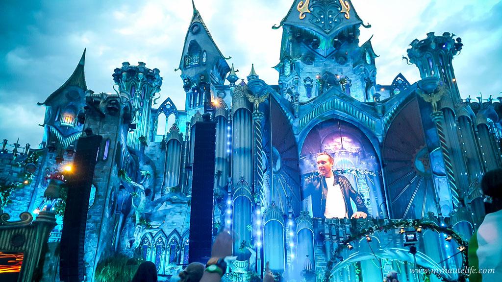 Tomorrowland-37