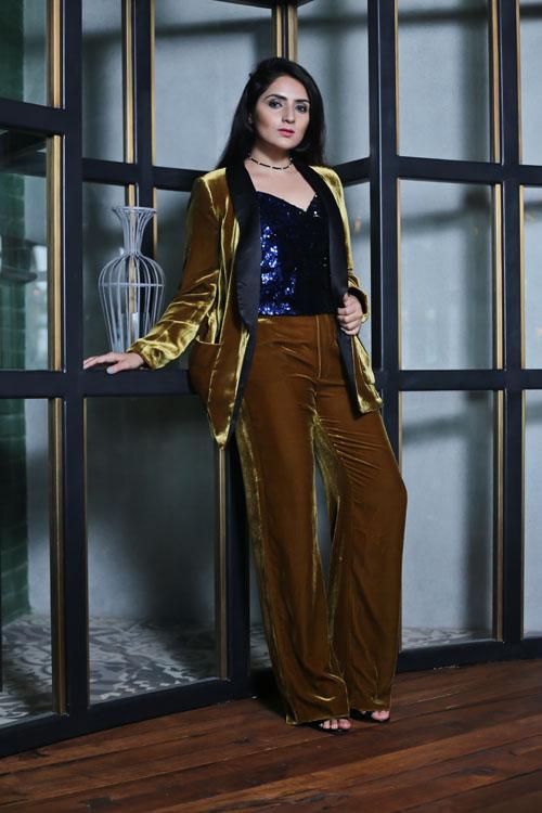 Velvet Suit10