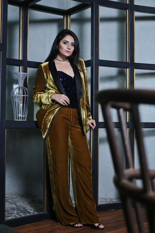Velvet Suit9